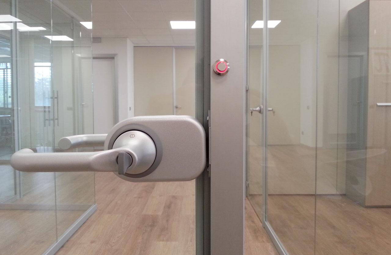 allestimento pareti vetrate fipe system