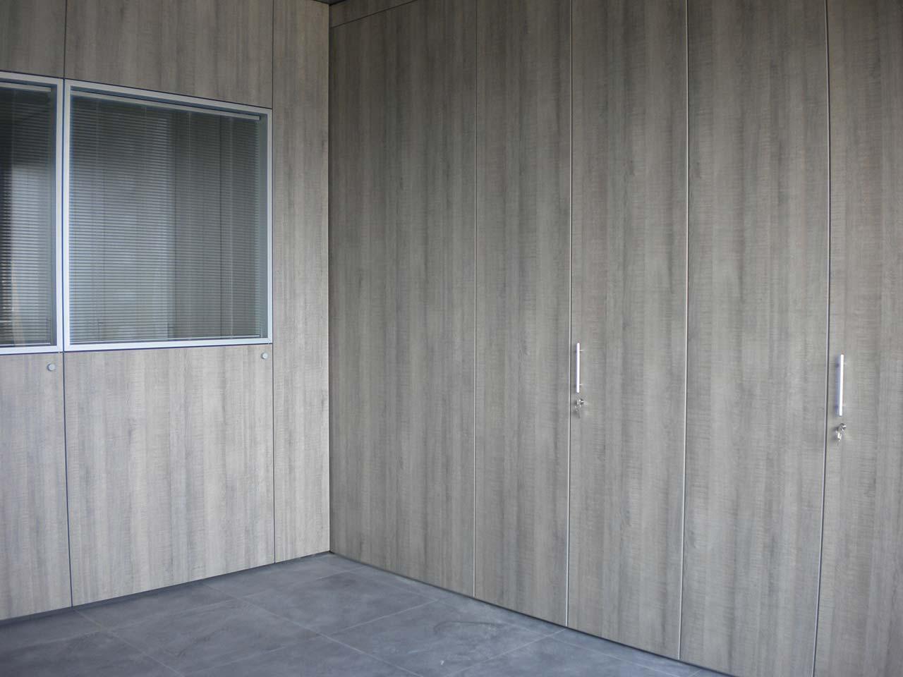 pareti divisorie attrezzate per ufficio